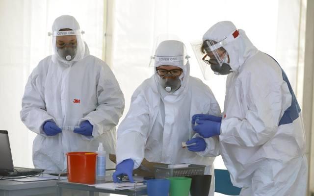 Mamy przybli¿on± datê powstania szczepionki na koronawirusa