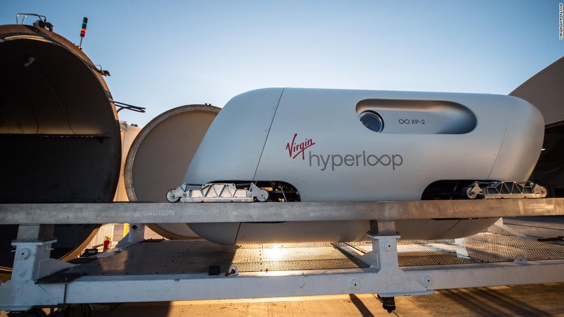 Virgin Hyperloop, superszybki poci±g Elona Muska, ma za sob± swoj± dziewicz± podró¿
