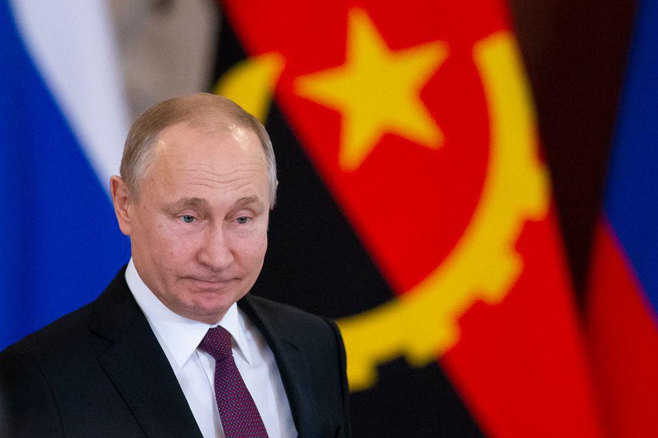 Rosjanie jeszcze bardziej oddzielaj± siê od reszty ¶wiata. Chc± zakazaæ amerykañskich mediów internetowych na terenie swojego kraju