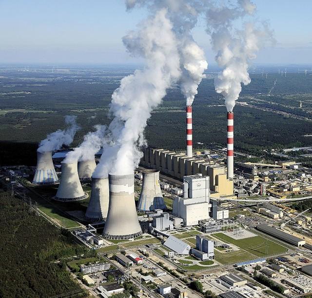 Awaria elektrownii w Be³chatowie zosta³a ...