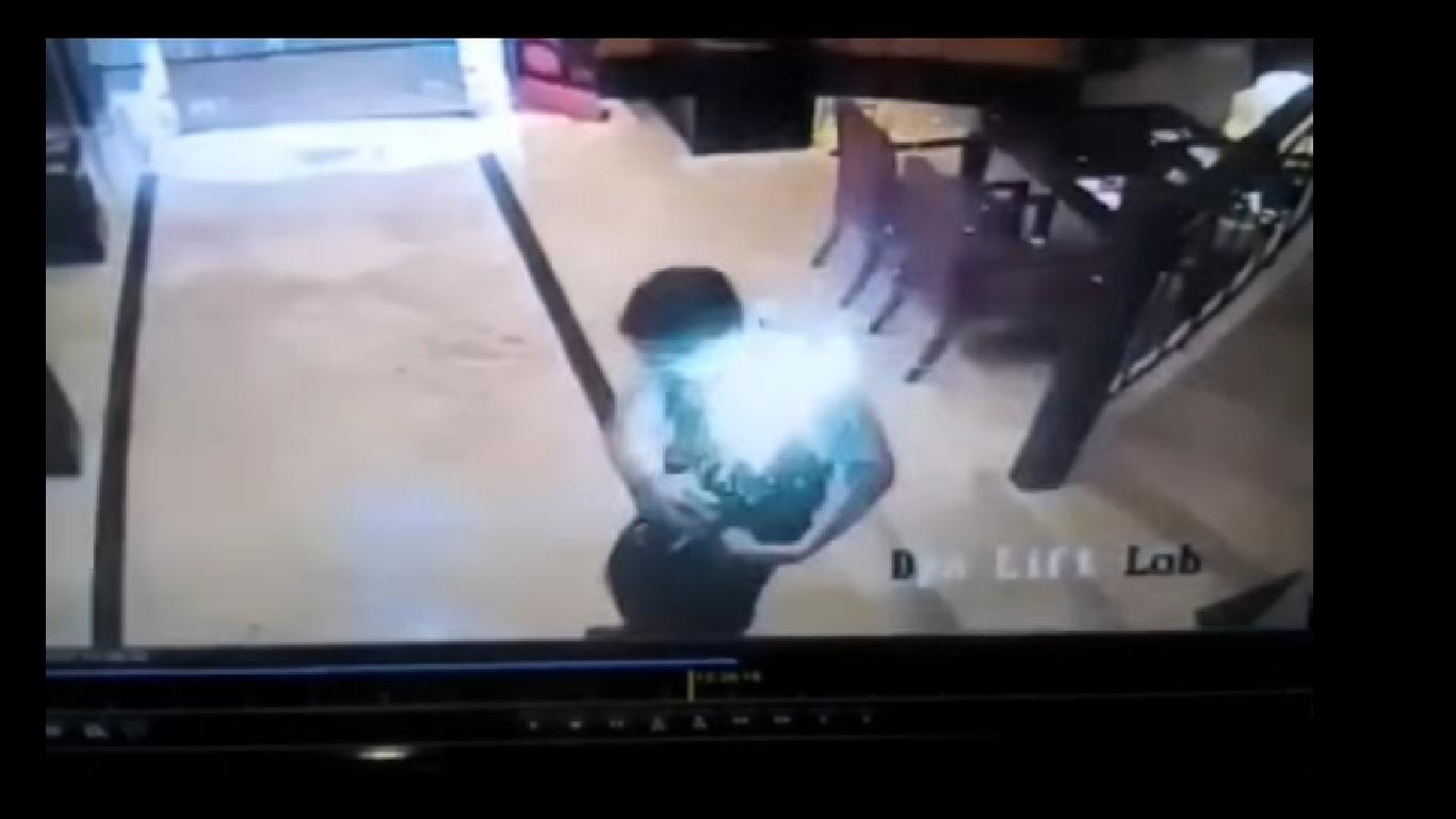 Filmowe fajerwerki, czyli jak uchwycono na kliszy wybuchaj±cego Samsunga