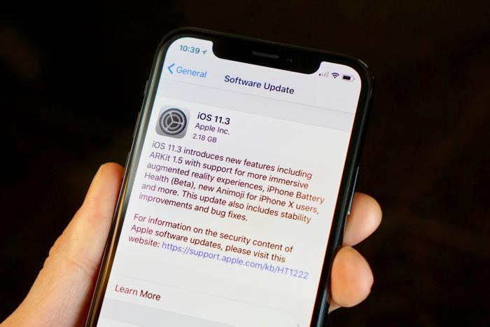 Najnowszy iOS powoduje problemy z iPhonami