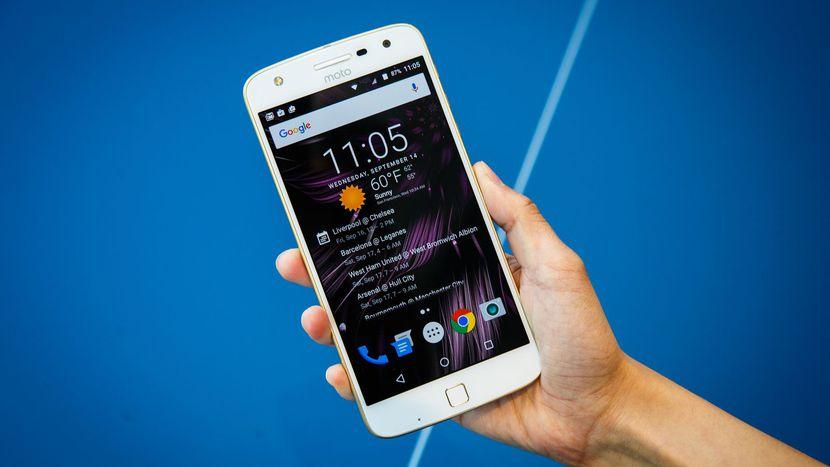Polska Motorola Moto Z Play dostaje nowy OS i stare poprawki zabezpieczeñ