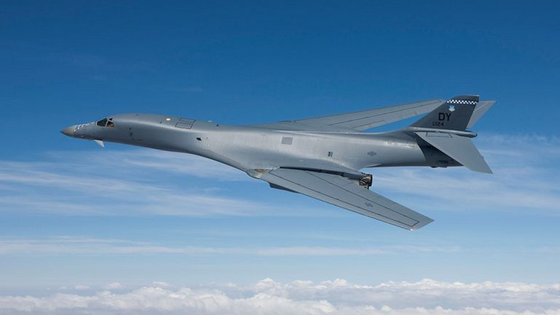 Amerykanie zakoñczyli testy bombowa B-1B z nowym uzbrojeniem