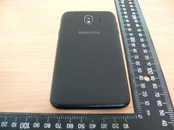 Zdjêcia Samsung Galaxy J4 na ¿ywo