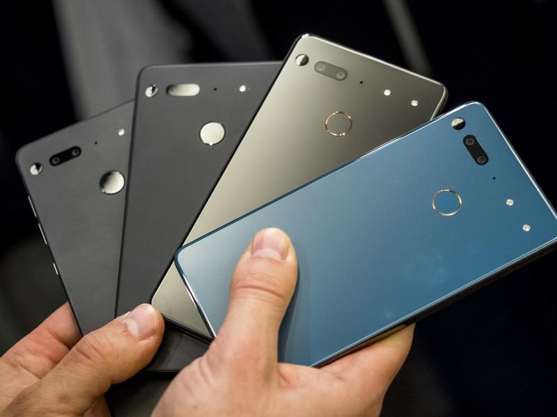 Essential obiecuje dwa lata aktualizacji i trzy lata patchy dla Essential Phone