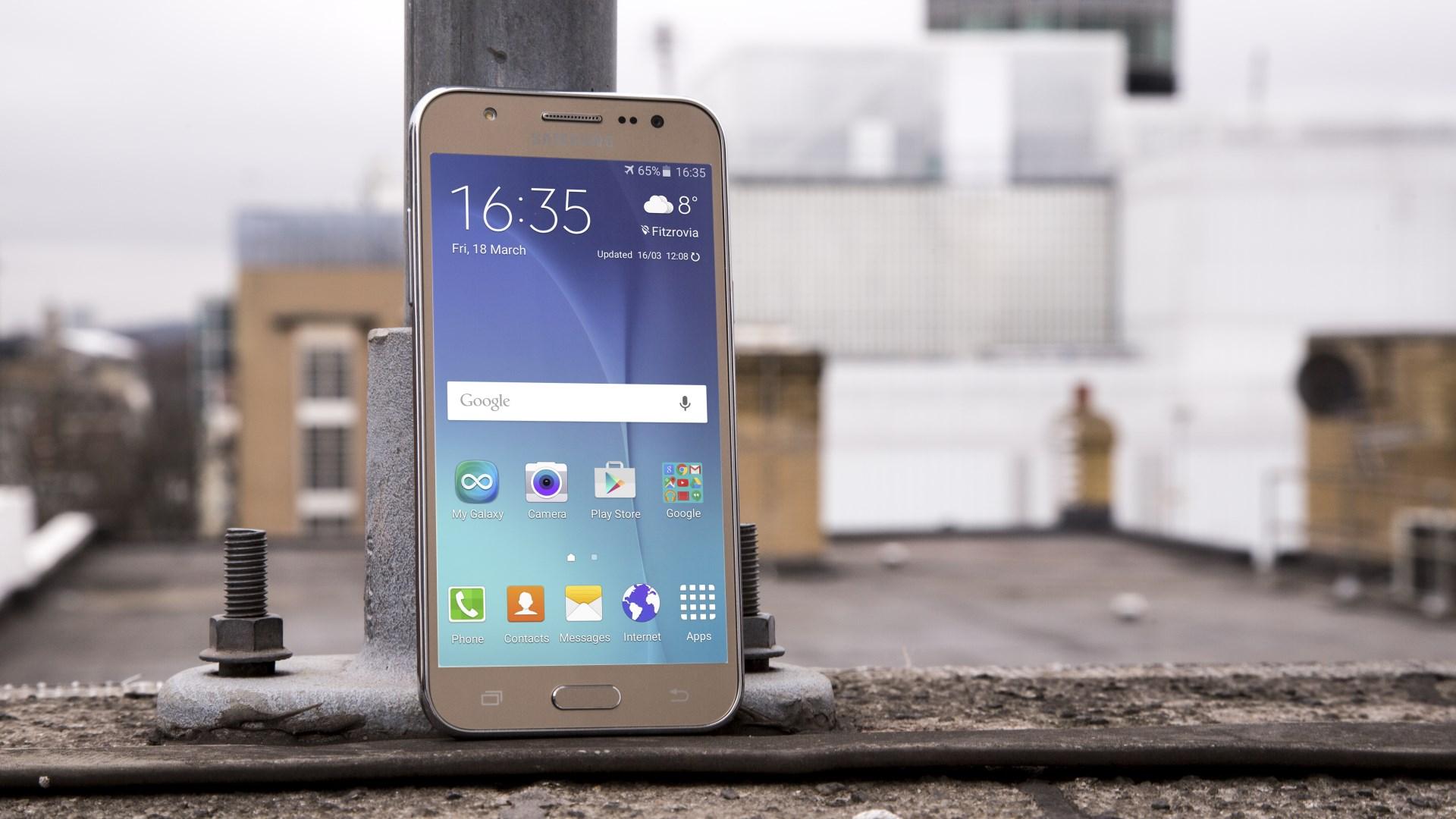 Samsung wypu¶ci³ aktualizacjê dla europejskiego Galaxy J5