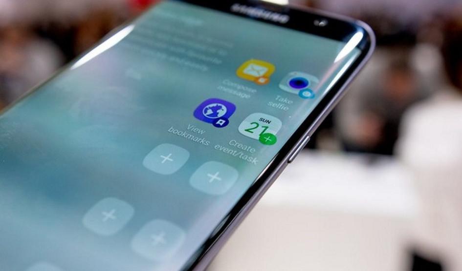 Seria Samsung Galaxy A8 (2018) mo¿e zostaæ wydana w trzech wariantach kolorystycznych