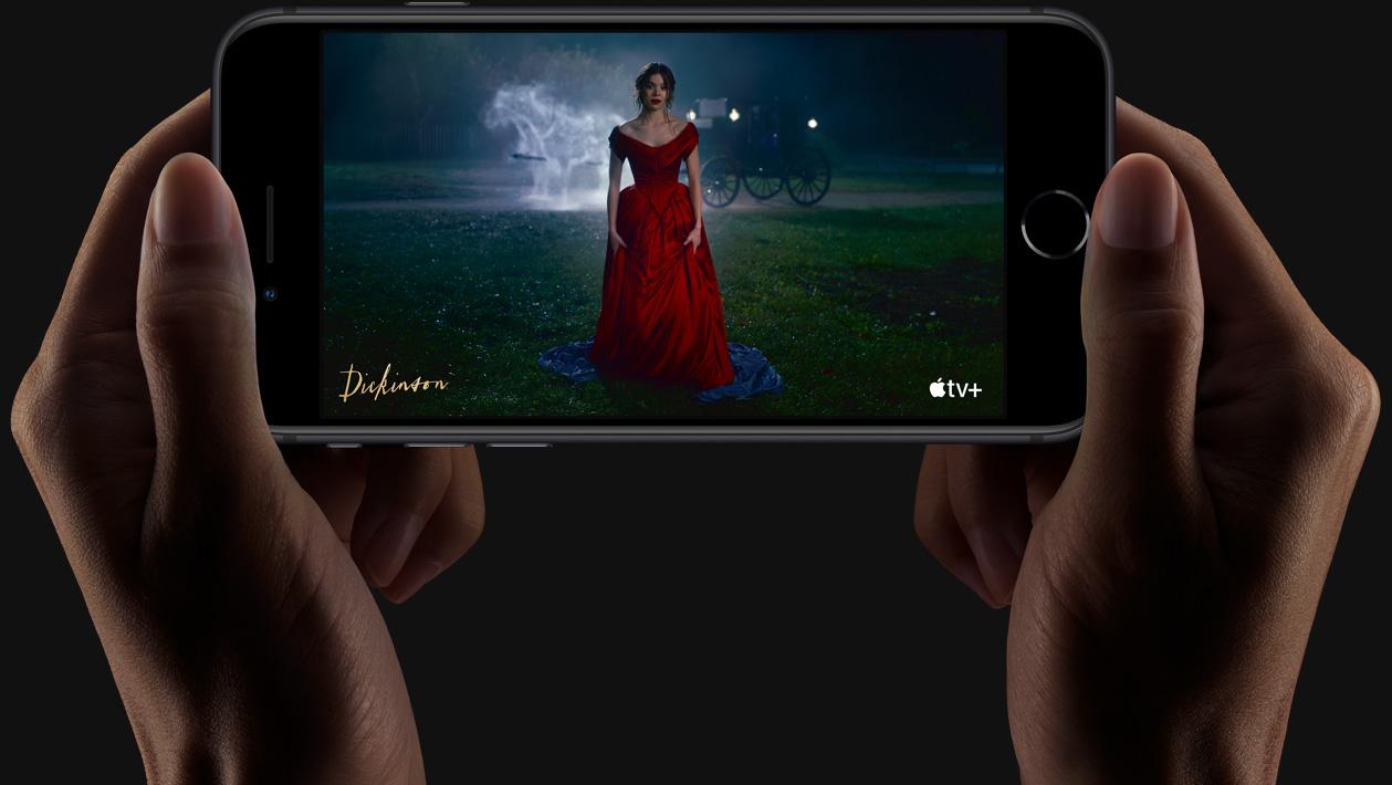 Apple chwali siê wynikami sprzeda¿y iPhone SE 2020. Mo¿na pozazdro¶ciæ
