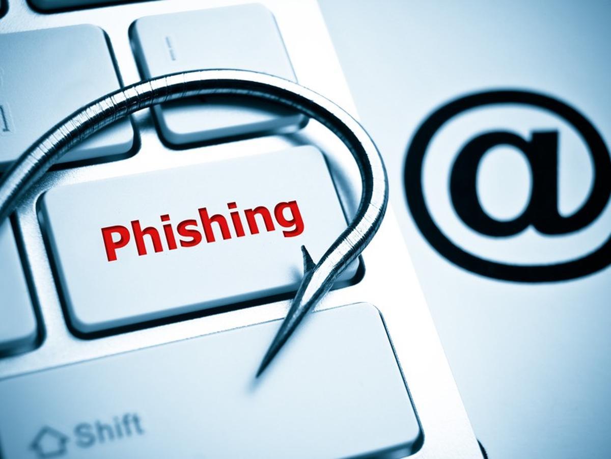 CERT Polska ostrzega przed kolejnym natarciem phishingu