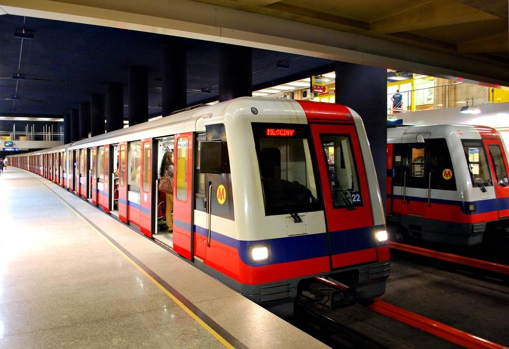 Rafa³ Trzaskowski zapowiada budowê dwóch nowych przystanków Metra Warszawskiego