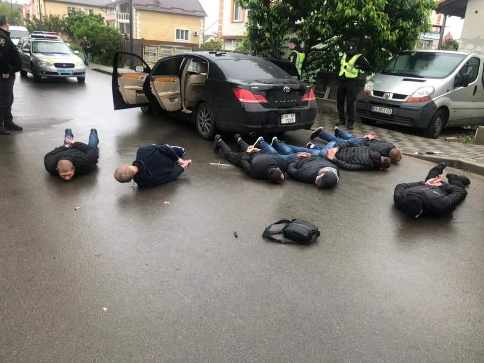 Jak nie w Rosji to w Ukrainie. Strzelanina z udzia³em setki ludzi
