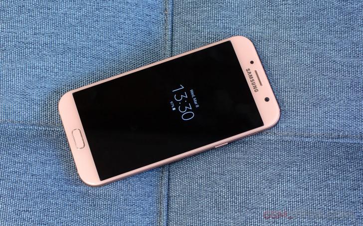 Grudniowa aktualizacja zabezpieczeñ dostêpna dla Samsung Galaxy A7 (2017)