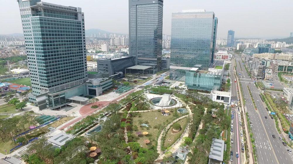 Z powodu koronawirusa Samsung zamyka jedno ze swoich centrum badawczych