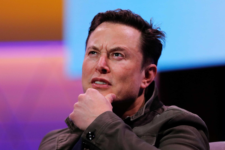 Elon Musk jest pi±tym cz³owiekiem na ¶wiecie o warto¶ci rynkowej 100 miliardów dolarów