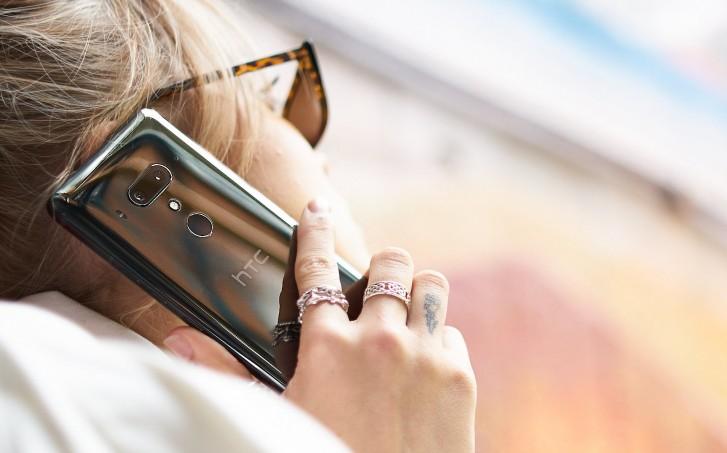 Pa¼dziernikowy raport finansowy HTC pokazuje, ¿e przychody spad³y o prawie 50%
